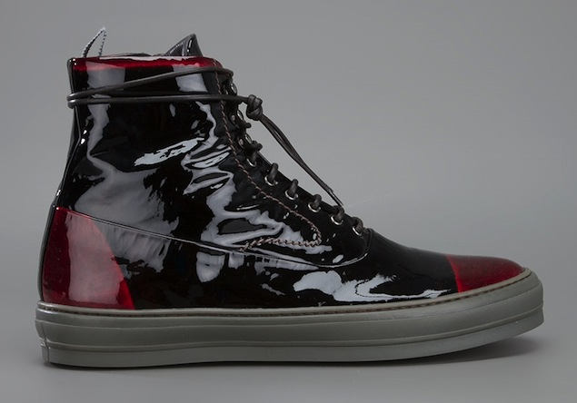 Alexander-McQueen-Black-Red-Patent-Leather-Ankle-Sneakers-UpscaleHype-2