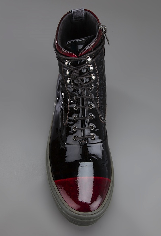Alexander-McQueen-Black-Red-Patent-Leather-Ankle-Sneakers-UpscaleHype-3