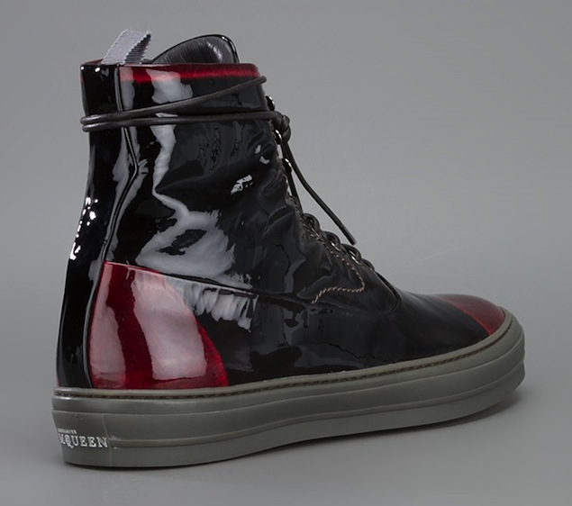 Alexander-McQueen-Black-Red-Patent-Leather-Ankle-Sneakers-UpscaleHype-4
