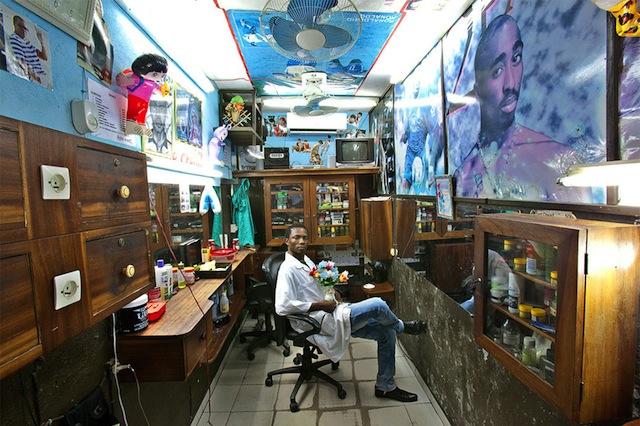 west-african_barbershops_01